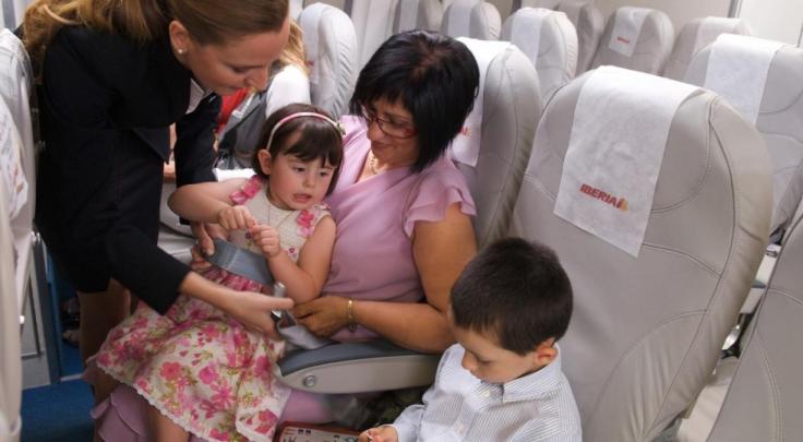codigo salud online volar con niños (4).jpg