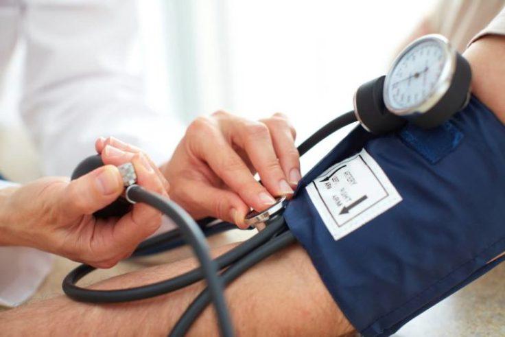 hipertensión del guardapolvo blanco (1)