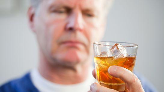 codigo salud online El alcohol en personas con hepatitis C incrementa 100 veces el riesgo de cáncer (2).jpg
